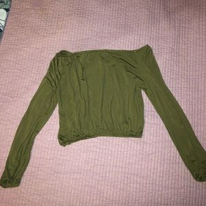 Army green crop top long sleeve